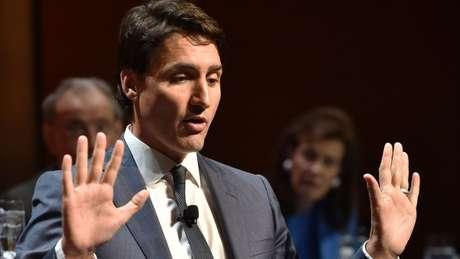 Canadense Justin Trudeau chamou taxas de 'insulto' e vai retaliá-las em valor equivalente