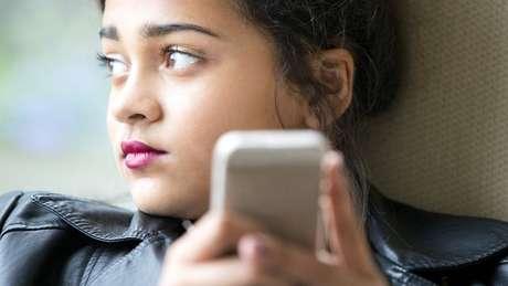 Entre 2015 e 2018, número de jovens que possuem ou têm acesso a smartphones nos EUA saltou de 73% para 95%