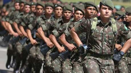 Forças Armadas estão 'sob a autoridade suprema do Presidente da República', segundo a Constituição (Foto: Agência Brasil)