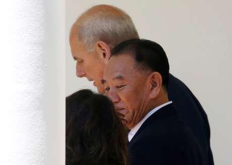 Enviado da Coreia do Norte Kim Yong Chol chega à Casa Branca, em Washington 01/06/2018 REUTERS/Leah Millis