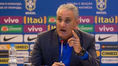 Tite afirma que Neymar não começará como titular diante da Croácia (Foto: Pedro Martins / MoWA Press)