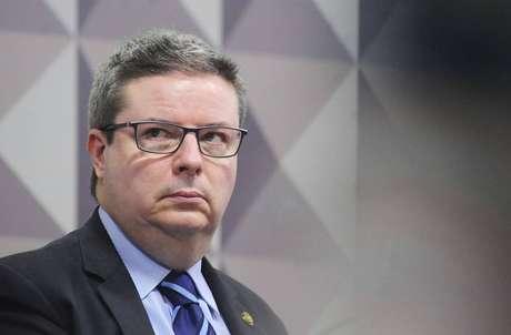 O senador Antonio Anastasia (PSDB-MG) tenta retornar ao governo de Minas