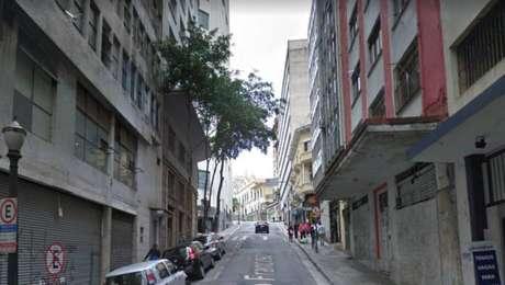 Rua São Francisco nº77, no centro de São Paulo