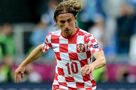 Modric será o 10 e o capitão da Croácia na Copa (Foto: Francisco Leong/ AFP)