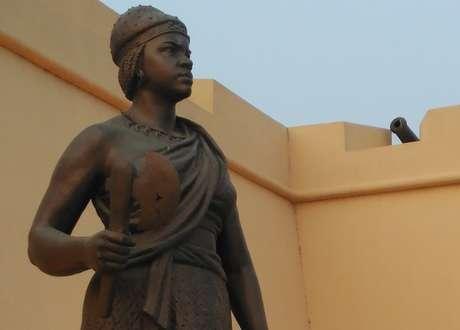 Considerada uma personalidade única na história da África, Njinga é uma figura eminente e reconhecida na Angola até hoje