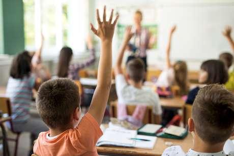 A primeira meta do plano estabelecia que o País alcançasse em 2016 a universalização das matrículas para crianças de 4 e 5 anos. Nos últimos dois anos, o índice de matrículas nessa parcela etária subiu apenas dois pontos percentuais