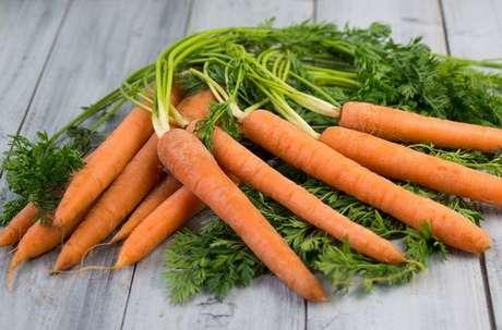 Cenouras com folhas