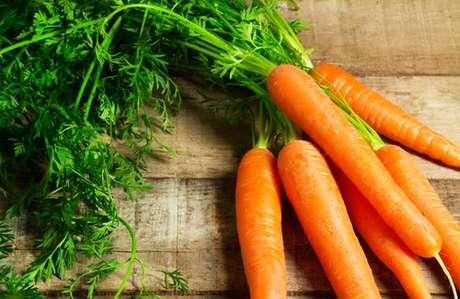 Folhas das cenouras