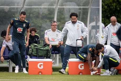 Fred sofreu entrada dura de Casemiro no treino