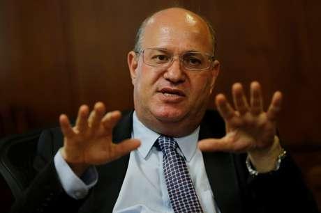 O presidente do Banco Central, Ilan Goldfajn, afirmou que BC e Tesouro continuarão oferecendo liquidez ao mercado, seja cambial, seja de juros