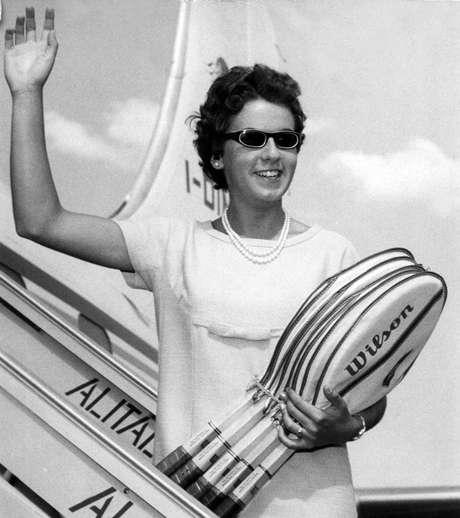 Maria Esther teve seu nome incluído no Hall da Fama do Tênis em 1978, mesmo ano em que uma estátua de cera no famoso museu londrino Madame Tussauds foi feita em sua homenagem