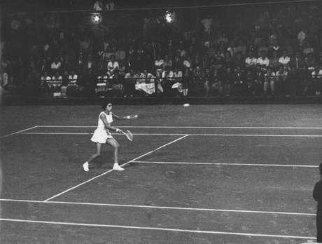Em Wimbledon, a tenista chegou a jogar 120 games no mesmo dia, ao disputar partidas de simples, duplas e duplas mistas