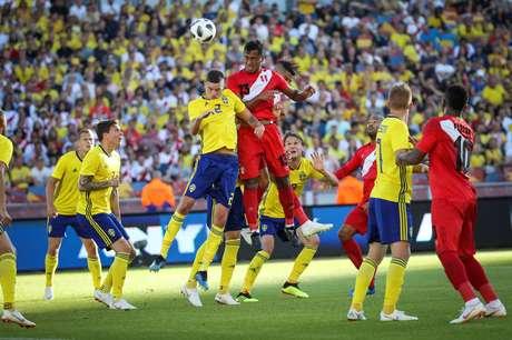Peru e Suécia empatam em amistoso antes da Copa do Mundo na Rússia