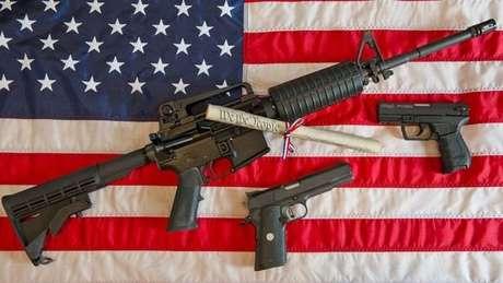 Nos EUA, grande parte de quem morre por arma de fogo comete suicídio