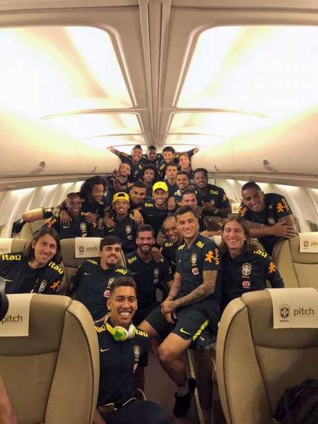 Seleção Brasileira desembarca em Sochi (Foto: Divulgação)