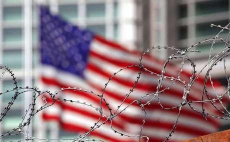 EUA aplica sanções contra russos por ataques cibernéticos