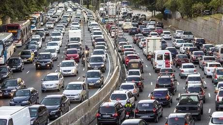 Pesquisador desenvolveu sistema para calcular poluição em cada via de São Paulo