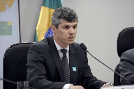 O ministroValter Casimiro, disse que espera a conclusão, nesta terça-feira, 12, de um acordo entre caminhoneiros e embarcadores.