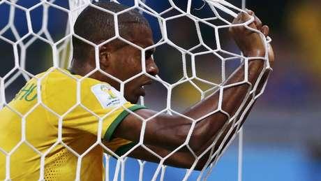 Quatro anos depois de perder da Alemanha por 7 a 1, Brasil ainda tem obras atrasadas