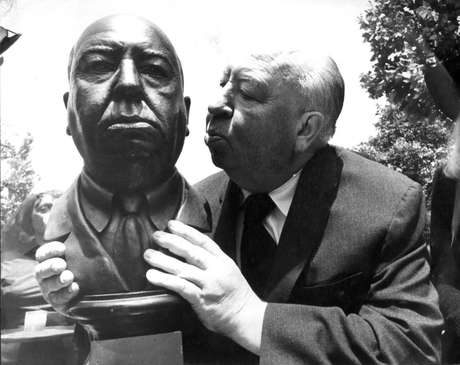 O cineasta Alfred Hitchcock.