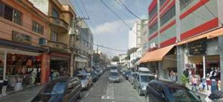 Acidente ocorreu por volta das 8h na rua Rodrigues dos Santos, centro comercial do Pari