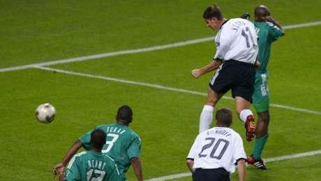 Em 2002, Arábia Saudita levou 8 a 0 da Alemanha (Foto: GABRIEL BOUYS / AFP)