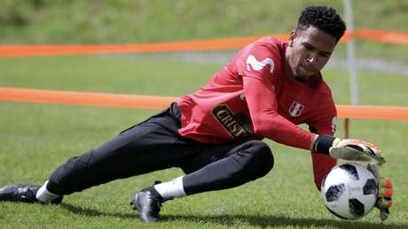 Gallese, durante treinamento com a seleção (Foto: AFP)