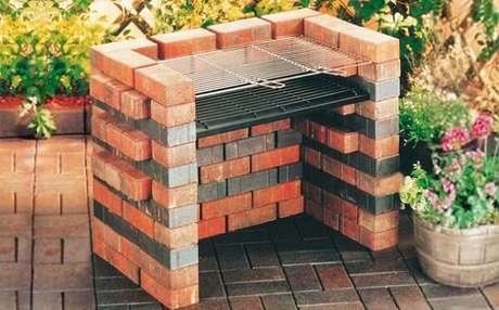 4 – Churrasqueira simples de tijolos.