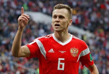 Denis Cheryshev faz o seu segundo gol no jogo