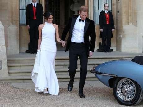 Serão feitas 46 réplicas do vestido de festa de casamento de Meghan Markle