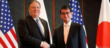 Secretário de Estado americano, Mile Pompeo, e seu homólogo japonês, Taro Kono, em Seul