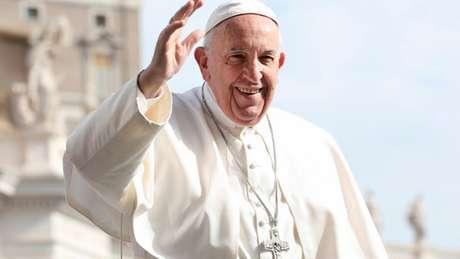 Papa Francisco desejou sorte aos atletas e amantes do futebol (Foto: Reprodução)