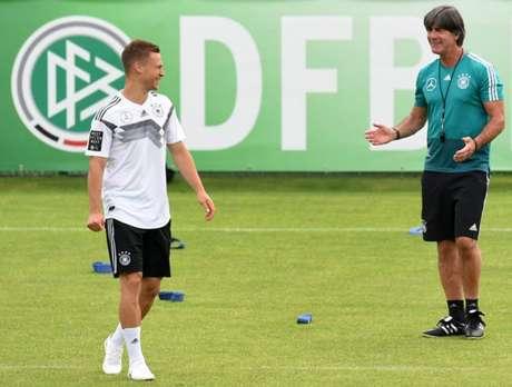 Kimmich é o titular de Löw para a lateral direita (Foto: Christof Stache / AFP)