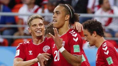 Poulsen marcou o gol da vitória da Dinamarca sobre o Peru, em Saransk (Foto: JACK GUEZ / AFP)