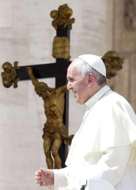 Papa diz que aborto é ?nazismo de luvas brancas?