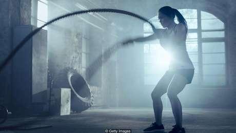 Fabricantes recomendam tomar suplementos após o treino para ajudar no ganho de massa muscular