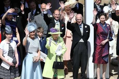 Família real após o casamento do príncipe Harry com Meghan Markle