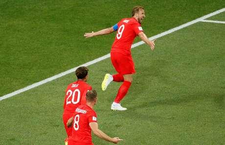 Harry Kane abre o placar para a Inglaterra