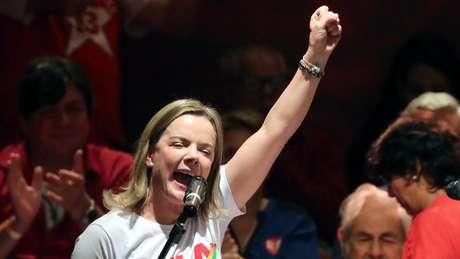 Senadora tem negado que haja 'plano B' à candidatura de Lula à presidência