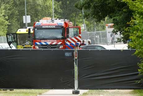 Caminhão dos bombeiros em local de atropelamento em Landgraaf, na Holanda 18/06/2018 REUTERS/Thilo Schmuelgen