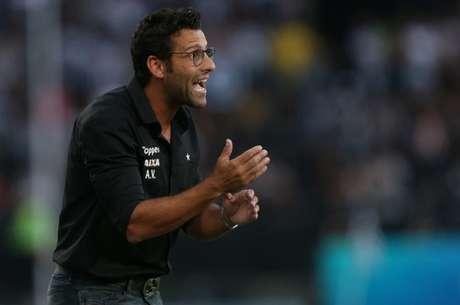 Alberto Valentim: 25 jogos no comando do time em sua passagem pelo Botafogo