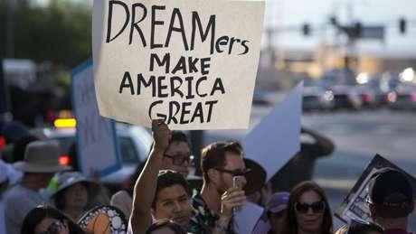 apoio aos imigrantes