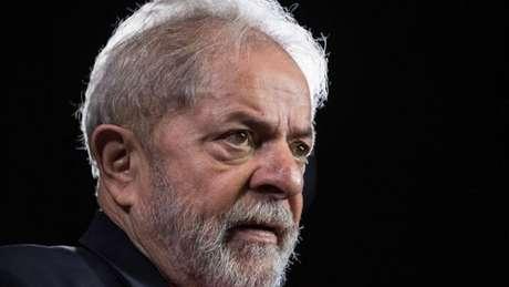 Ex-presidente tenta sair da prisão para fazer campanha eleitoral