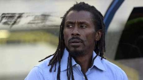 Aliou Cissé perdeu 11 familiares em um naufrágio na África em 2002 (Foto: AFP)
