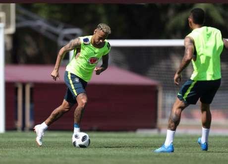 Neymar em campo pela Seleção em Sochi (Foto: Lucas Figueiredo/CBF)