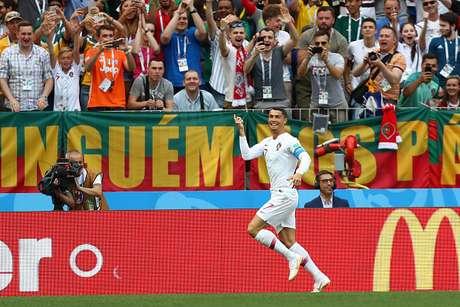Cristiano Ronaldo comemora seu gol no jogo contra o Marrocos e quarto na Copa do Mundo