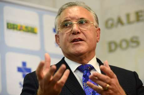 Alberto Beltrame em contato com a imprensa