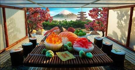 Cerimônia do chá em Tóquio feita com sashimis, gengibre e cogumelos