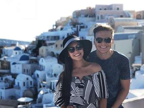 Thais Fersoza e Michel Teló curtiram férias românticas na Grécia
