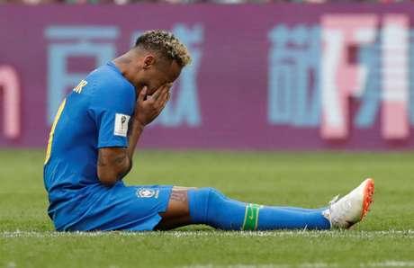 Neymar desaba após apito final da partida
